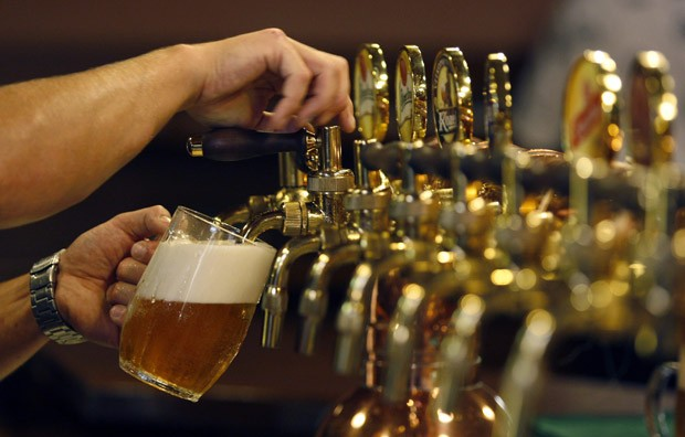 FILE: Beer is poured into a mug.