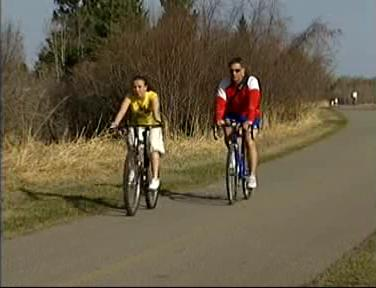More Calgarians would adopt pedal power if safer routes were offered: Canada's Pulse poll - image