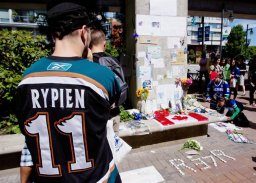 Continue reading: New Winnipeg Jet Nate Thompson to wear Rick Rypien's old number