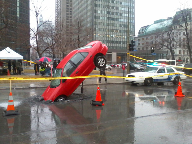 City of Montreal may not have enough asphalt to fill potholes - image