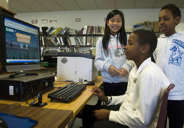 Too much screen time, too little playtime for Canadian kids, report card finds - image