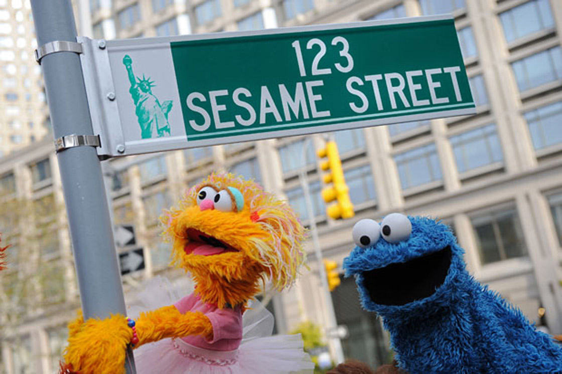 New York scientists have recruited the likes of Elmo, Cookie Monster and the friendly faces on Sesame Street to help them study brain development in children. Read it on Global News: New York scientists have recruited the likes of Elmo, Cookie Monster and the friendly faces on Sesame Street to help them study brain development in children.