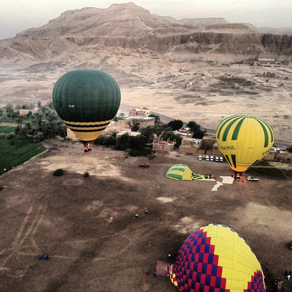 Disturbing videos show the hot air balloon crash in New