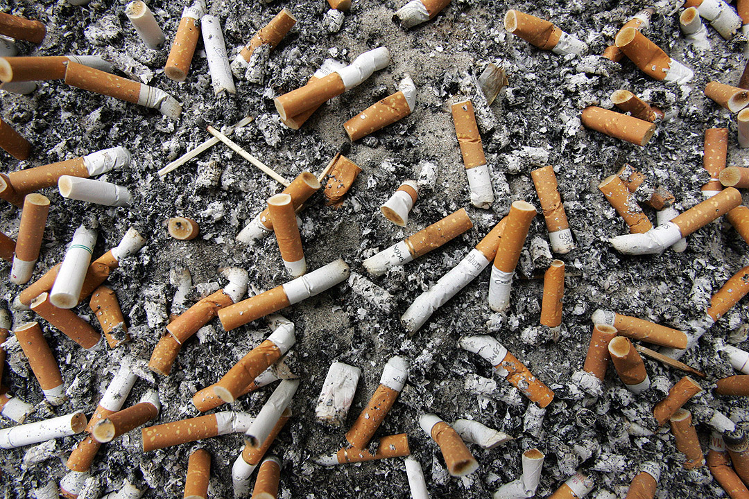 A Winnipeg man is being praised for recycling tens of thousands of cigarette butts.
