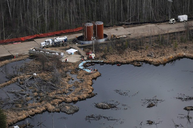 Major pipeline companies will have to prove they have access to $1 billion to cover the costs of an oil or gas spill under new rules announced by Nature Resources Minister Joe Oliver.