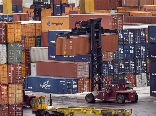 A drop in imports in the last three months of 2016 helped boost Canada's GDP numbers past economists' expectations.