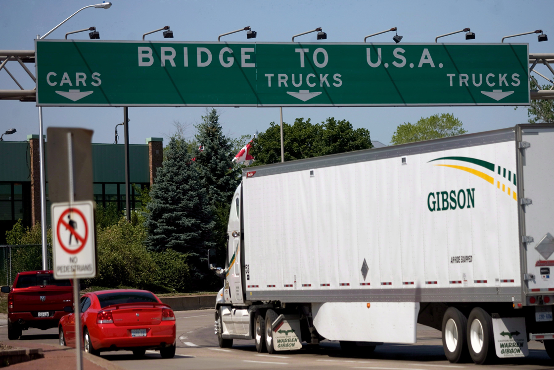 US border shopping