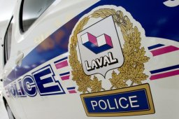 Continue reading: Laval police arrest five in mail theft, credit card fraud case