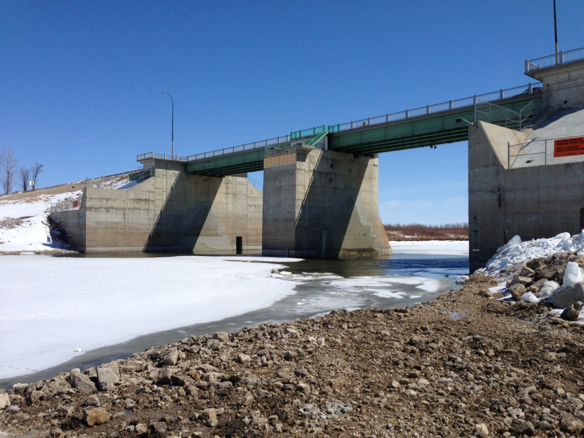 A series of open houses will seek public input on the operation of Manitoba's main water control structures, including the Red River Floodway.