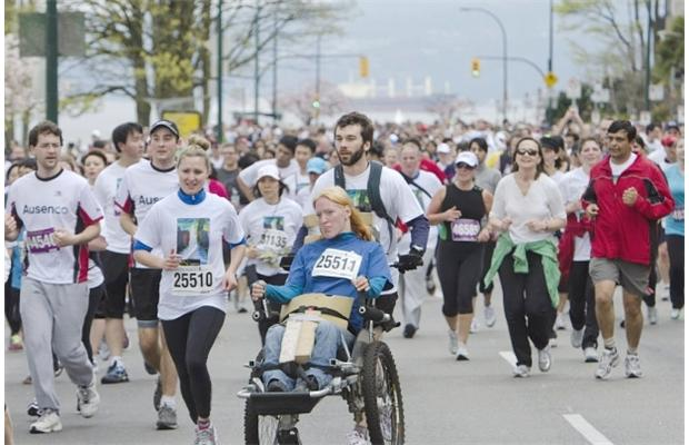 The Vancouver Sun Run will donate $10 from every late entry to Sunday's race to help victims and their families after the bombings at the Boston Marathon left three people dead and more than 170 injured.