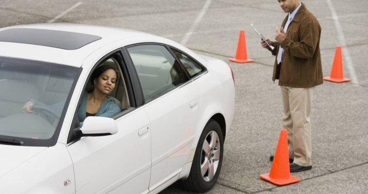 Road-tripping road testers putting Vancouver Islanders at risk, says driving instructor