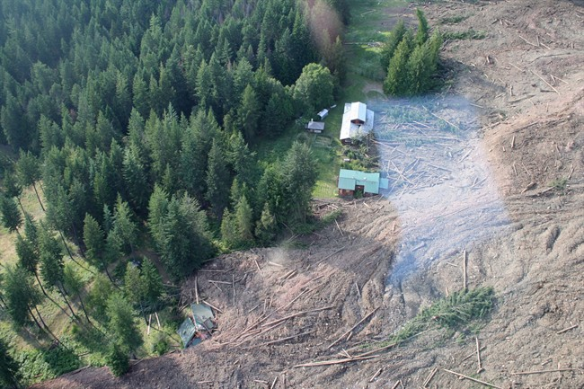 B.C. evacuation order lifted after two years - image