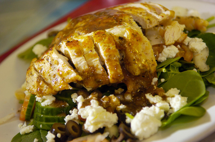 DENVER, COLORADO, DECEMBER 27, 2006--A photo of the spinach salad with grilled chicken and Greek dressing at the Crownburger Plus, 2387 S. Downing St. in Denver. (DENVER POST STAFF PHOTO BY GLENN ASAKAWA)