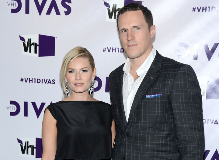 Elisha Cuthbert and Dion Phaneuf, pictured in December 2012.