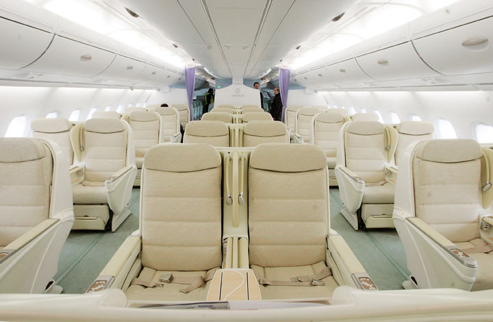 How to score the best seat on the plane - image