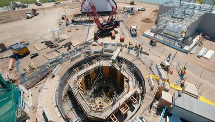 BHP Billiton forging ahead with Jansen as company commits another US$2.6 billion to finishing preparing the Saskatchewan potash project.