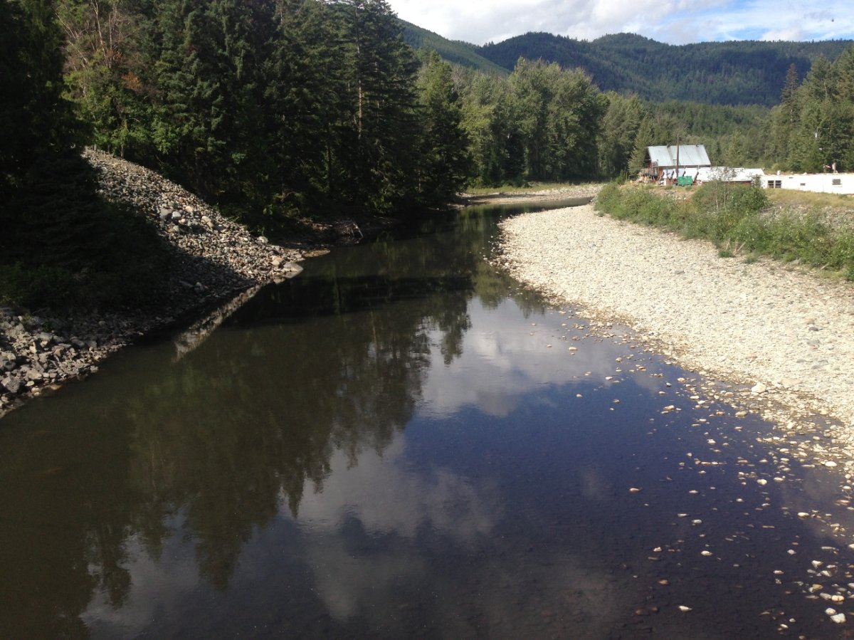 Coalmont villagers fuming over black river - image