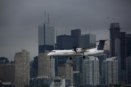 Continue reading: Toronto island airport expansion would affect marine operations: report