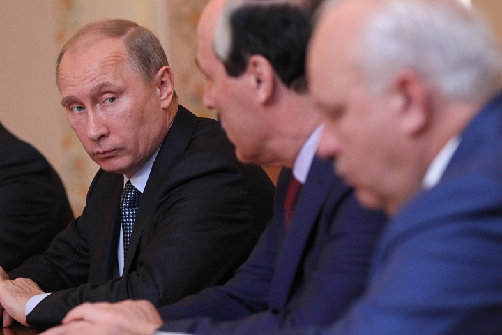 President Vladimir Putin says that Russia has strong grounds to believe that Syrian rebels were responsible for the country's chemical attack.