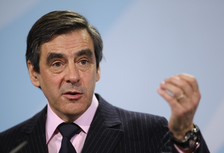 Francois Fillon, France's ex-prime minister and leading figure in the opposition UMP party, said Sunday that parliament should vote on the issue.