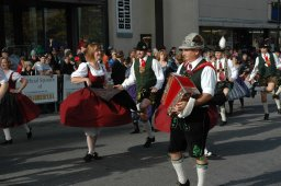 Continue reading: Lederhosen, drindls, and polka: Oktoberfest returns to Western Fair District for 3rd year