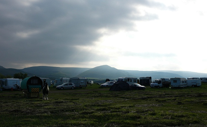 File: Travelers and gypsies gather at Appleby Horse Fair, Appleby-in-Westmorland, Cumbria, Britain, 06 Jun 2013.