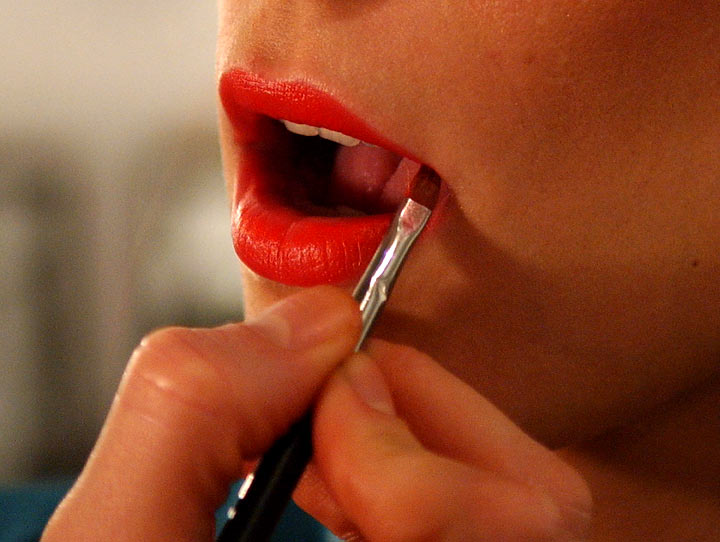 There are many chemicals in the cosmetics women wear every day.