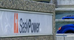 Continue reading: SaskPower provides tips to shave costs off power bills during cold snaps