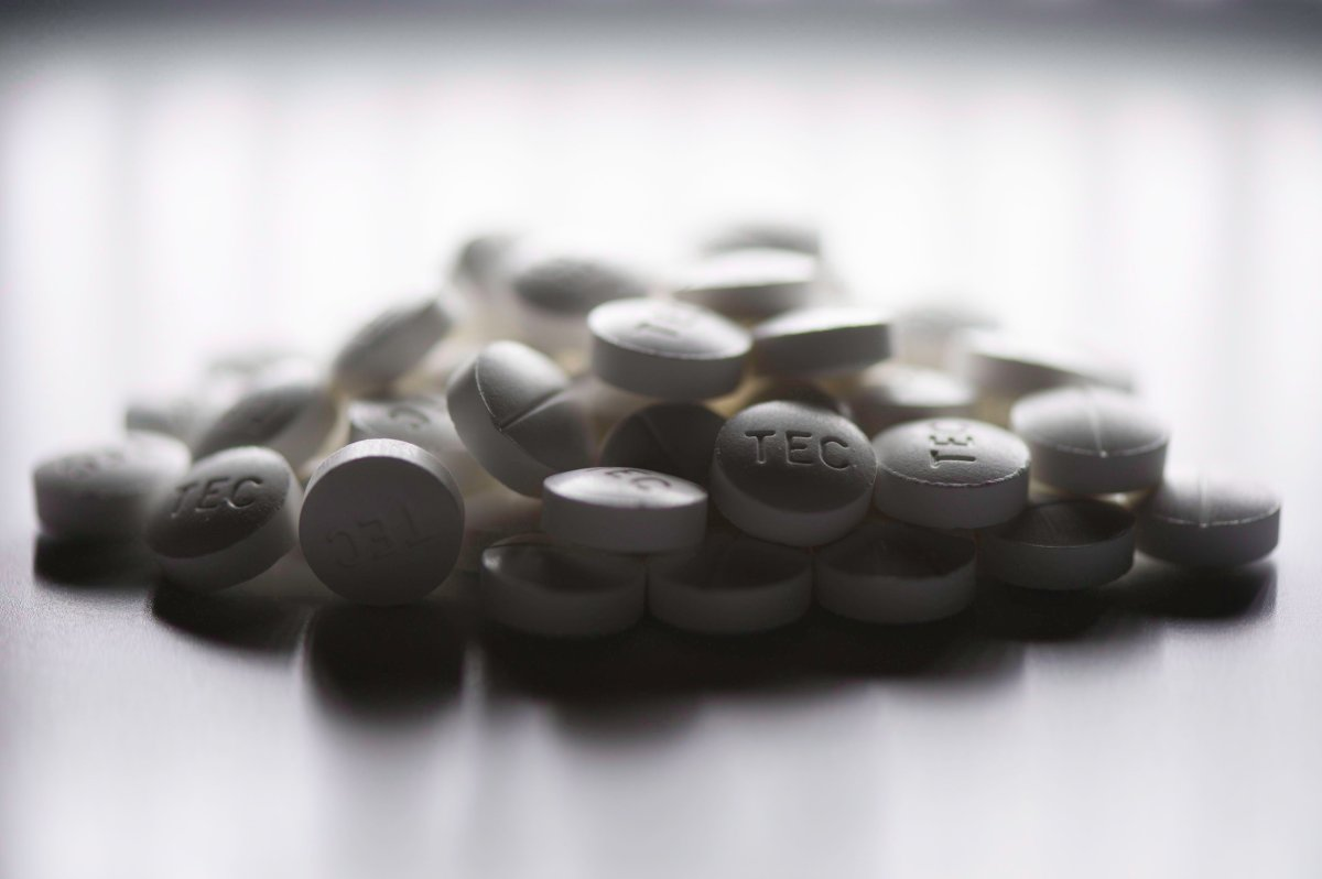 Prescription pills containing oxycodone and acetaminophen are shown in this June 20, 2012 photo.