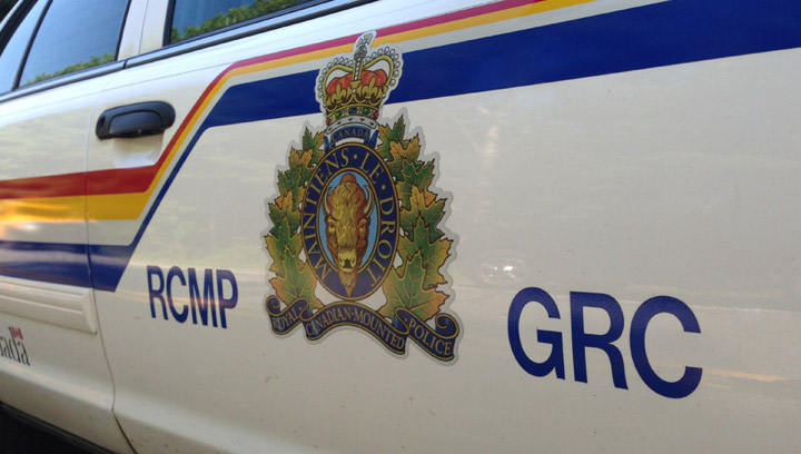 Driver rams police vehicles after brief pursuit in North Battleford, Sask. to avoid being captured.