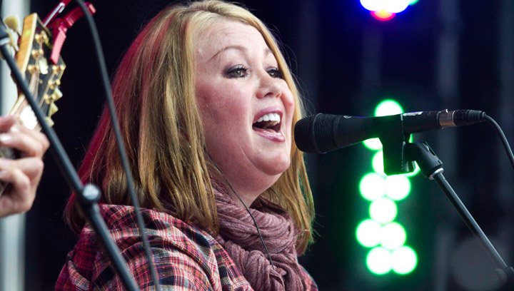 Jann Arden performs during the Alberta Flood Aid concert in Calgary, Alberta on Thursday, Aug. 15, 2013. Arden will be the celebrity guest speaker at the 2014 Silver Spoon Dinner in Saskatoon on May 5.