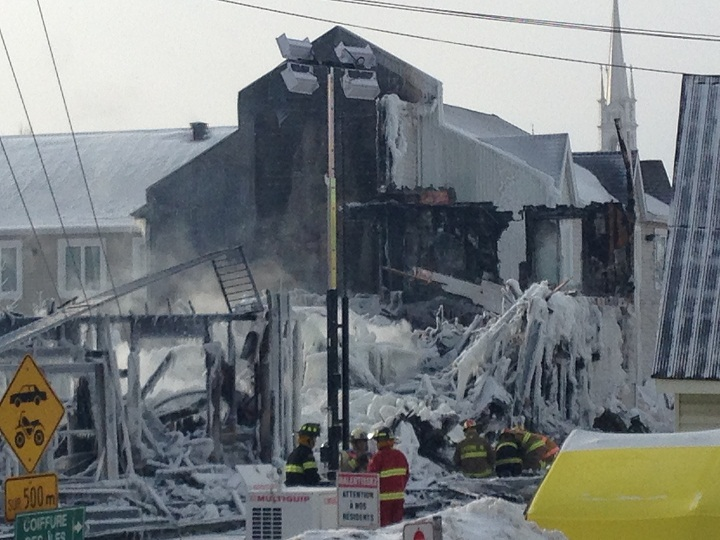 Investigations continue  in L'Isle Verte, Que. on Friday, January 24, 2014.