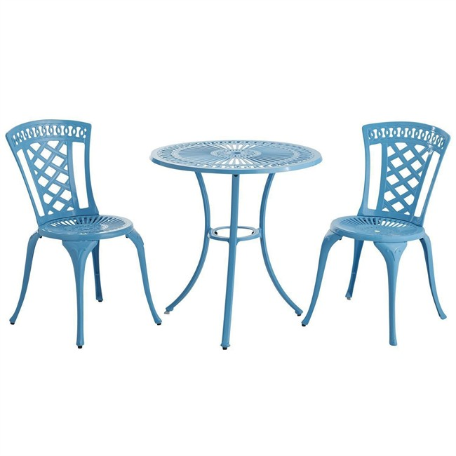 Right at Home bright ideas for outdoor furniture