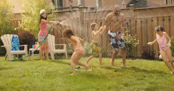 Here are 12 suggestions on what parents should encourage their kids to do before summer ends.