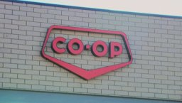 Continue reading: Grocery stores in Saskatchewan launch 'senior shopping hour' amid coronavirus pandemic