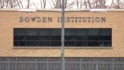 Continue reading: Bowden Institution inmate death is the 6th linked to COVID-19 across Canada