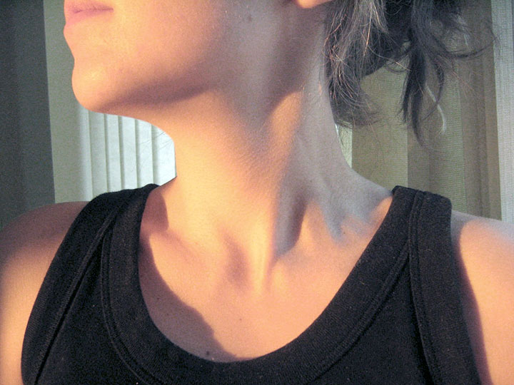 Researchers at UQAM have identified the neck as one of the most sensitive parts of the female body.