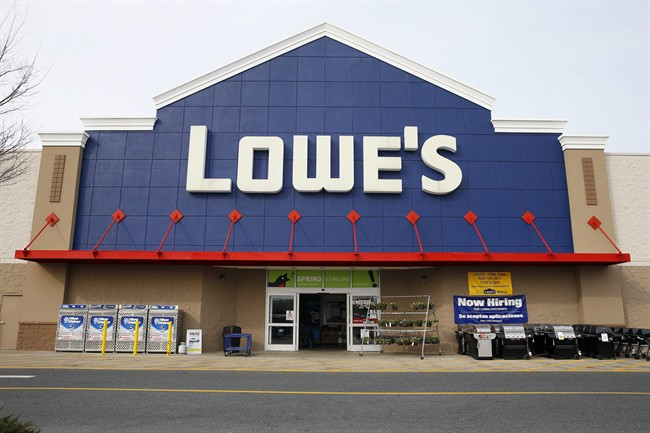 You'll soon be able to collect Air Miles at Lowe's stores across Canada.