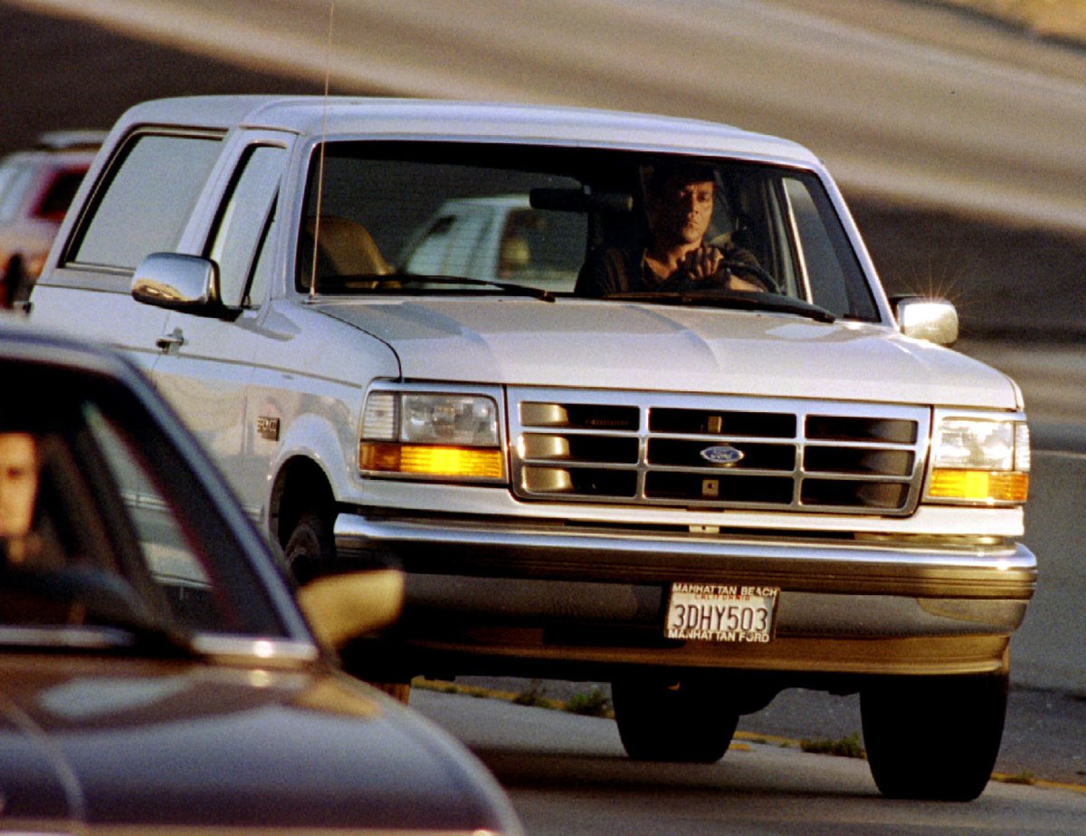 20 years ago the world watched as OJ Simpson fled from police.