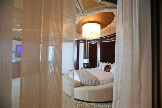 You can recreate hotel room design in your home,.