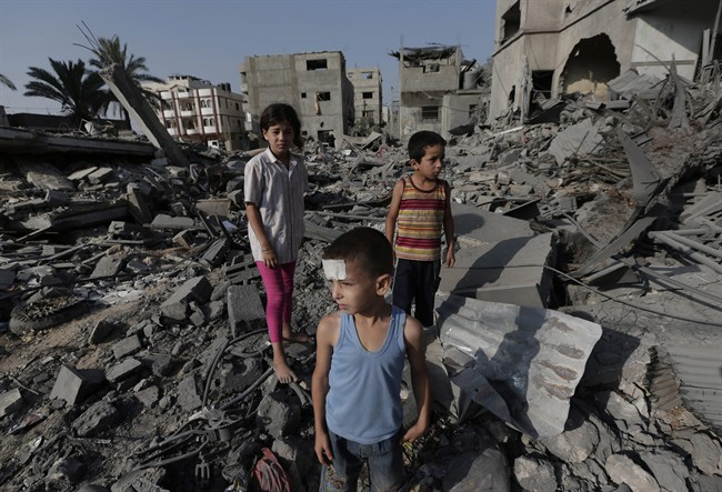 The Ontario government is willing to help a Palestinian-Canadian doctor get medical treatment for hundreds of injured children from Gaza.