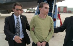 Continue reading: Magnotta trial: What is Not Criminally Responsible?