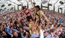 Continue reading: Munich ramping up security for Oktoberfest after summer attacks