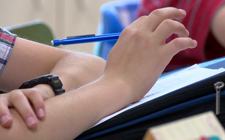 Students at Saskatchewan high school back to class next week; air quality improved.