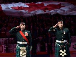 Continue reading: IN PHOTOS: Hockey returns to Ottawa