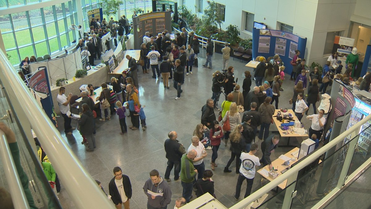 Hundreds visit open house at National Microbiology Laboratory.