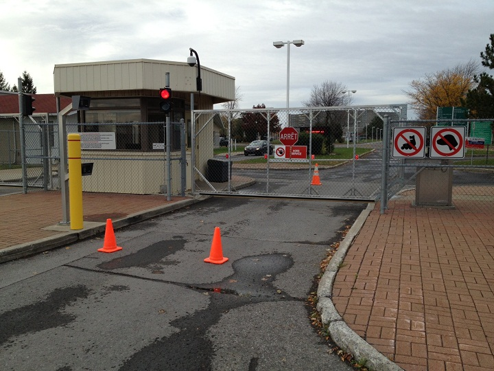 Security at the Saint-Jean Garrison in Saint-Jean-sur-Richelieu, Quebec was heightened after the shootings in Ottawa on October 22, 2014.