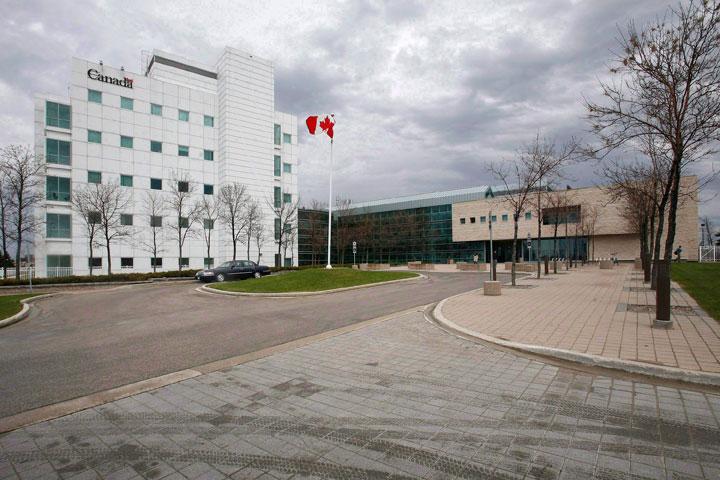 National Microbiology Lab Winnipeg