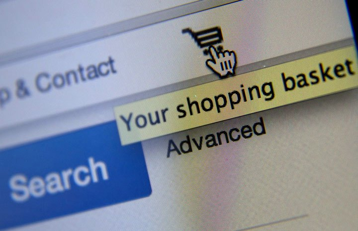 U.S. shoppers are spending billions of dollars on Canadian websites thanks in part to the loonie's drop.