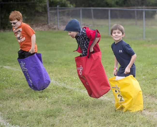Schoolyard games, scavenger hunts among ways to engage kids in outdoor play